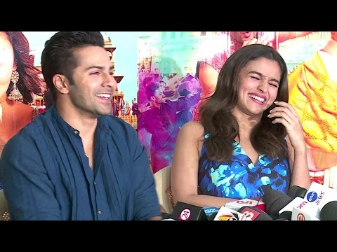 Alia Bhatt Made Varun Dhawan Look DUMB In Public - SHOCKING & Funny