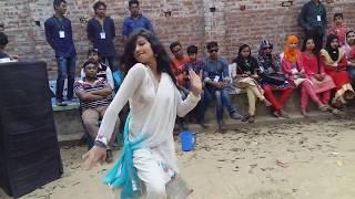 Ami Solo Periye Gechi - Bengali Hit Song - Full Masti Dance Special Dj Remix.