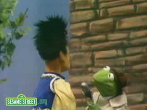 Sesame Street Rapunzel s Rescue Kermit News