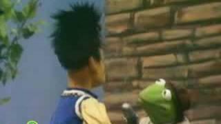 Sesame Street: Rapunzel's Rescue   Kermit News