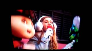 Ariana Grande Macys Thanksgiving Parade 2013