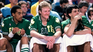 Did Larry Bird Really Play A Whole Game Using Only His Left Hand?