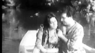 Film Qaidi - Baharon na ab hum ko Noor Jehan