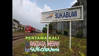 PERTAMA KALI Lokomotif RAKSASA MERAH CC 300 di Stasiun Sukabumi