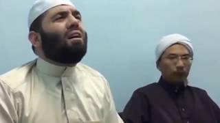 سبحان الله ...!! اتضح ان هذه هي النغمة الأصلية للأذان سيدنا بلال بن رباح