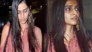 Sonam Kapoor caught WITHOUT MAKEUP