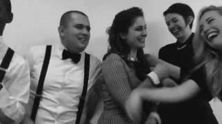 1940s Shovin' Buddies