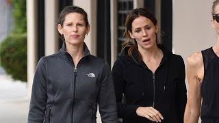 Jennifer Garner Is Joined By Her Look-Alike Sister Melissa On Gym-Coffee Run