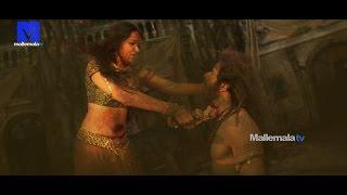 Fantastic VFX climax scene from Arundathi movie Anushka, Sonu Sood