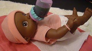 Feeding Baby Alive Wets N' Wiggles Kaitlynn!