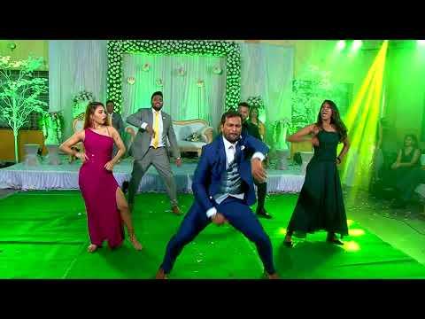 Xxx Mp4 Wedding Flash Mob Elvisha Amp Glavan Aankh Marey Magenta Uptown Funk Hero Gallan Goodiyaan 3gp Sex
