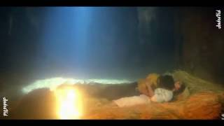 Madhuri dixit hot kissing scean-madhuri dixit hot scean