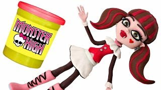 Monster High Doll Animated STOP MOTION video *** Play doh + Chocolate Surprise Balls