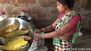 Indian Village Aunty Cooking Prawn Sea Fish Fry | Amazing Taste Street food Preparation 2017