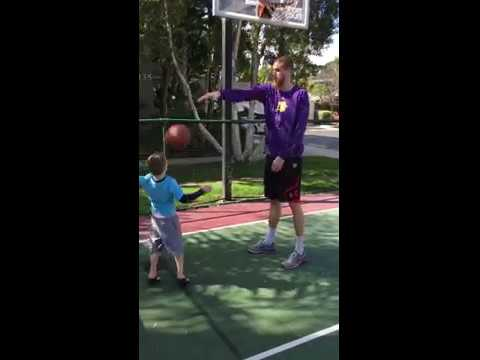 Father teaching son basketball (full video)