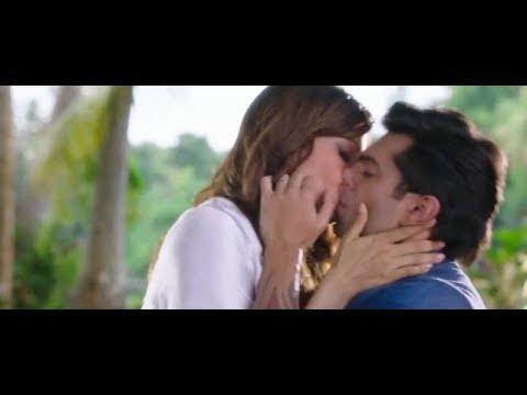 Xxx Mp4 Best Romantic Scene Of Bollywood Bipasha Basu Kissing Karan Singh Grover Alone 3gp Sex