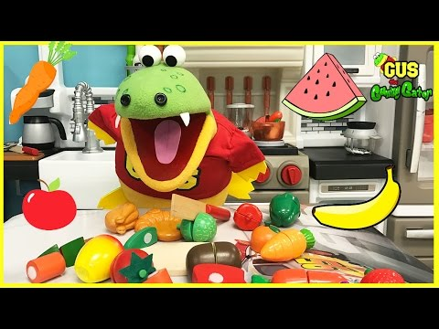 Pretend Play Food Toys Fruits and Vegetables Gus Gets Healthy Funny Video for Kids Shows Family Fun