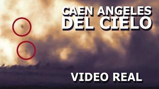 Ángeles caen del cielo y detienen un tornado asombroso video