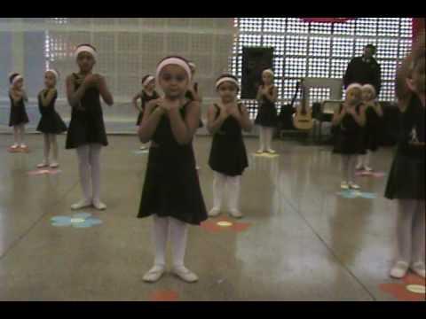 Cia de Dança Arlequim Baby Class Dia das mães 2009
