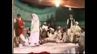 tahir ul qadri dancers.see the truth behind dancing.... must watch!