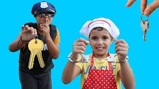 Kids Pretend Play Police Officer and the cook,funny videos for kids