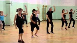 Ballo di gruppo 2012 na na ninanà coreografia di enzo bisbal