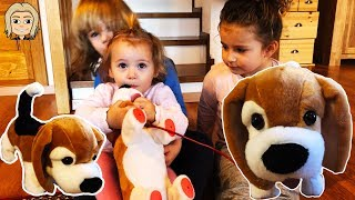 Cute Kid GLORIA Daily VLOG DAY 3 - Baby GLORIA Playing With PIPI MAX TOY DOG