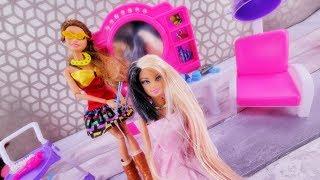 Metamorfoza Barbie ✂✂ Farbowanie i obcinanie włosów u fryzjera ✂✂ Bajka po polsku z lalkami odc.7