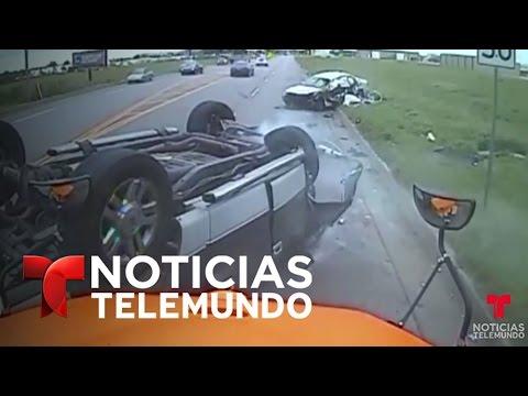 Cámara de bus escolar con 19 niños graba choque frente a ellos Noticias Noticias Telemundo