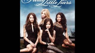 Pretty Little Liars 1x01 - Overnight Lows - I Got Up