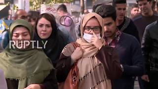 Iran: Tehran residents wear masks on the streets as air pollution skyrockets
