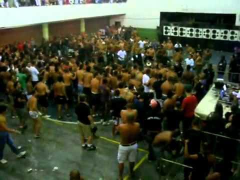 baile funk corredor no club marabú .