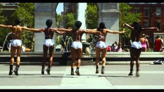 BANJI TWERK TEAM at Washington Square Park Feat. Sángo - Me dê Amor.