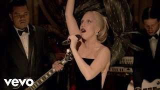 Lady Gaga - Born This Way (A Very Gaga Thanksgiving)