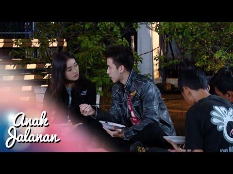 Romantisnya Boy & Reva Makan Nasi Goreng Dipinggir Jalan [Anak Jalanan] [1 Feb 2016]
