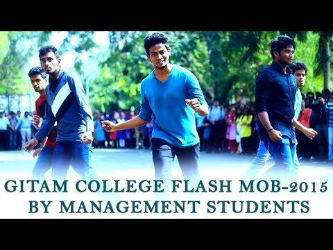 Gitam College Flash Mob-2015 by Management students    Shanmukh Jaswanth