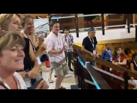 Penampilan Timnas Indonesia di IESO 2017 France (Goyang Maumere dan Goyang Caesar)