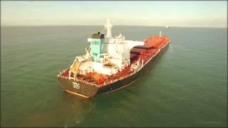 Phantom 3 loses control halfway chasing container ship (4K)