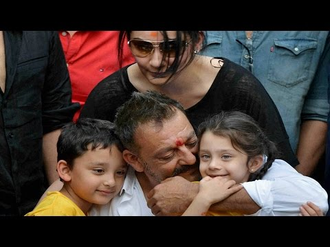 Xxx Mp4 Sanjay Dutt Gets Hero39s Welcome At Home In Mumbai 3gp Sex
