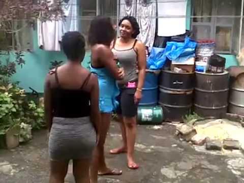 big women fighting