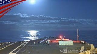 綺麗な月夜に電磁カタパルトで発艦するF/A-18スーパーホーネット