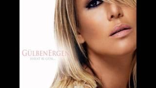 Gülben Ergen 2011 - Yarı Çıplak