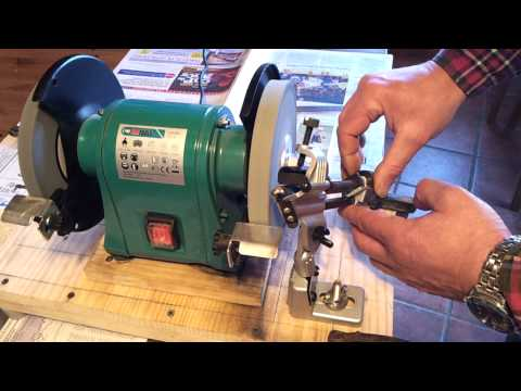 Drill bit sharpening attachment Soporte para afilar brocas
