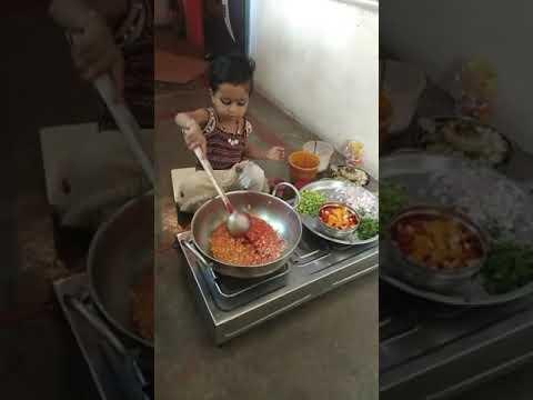 Xxx Mp4 Choti Bachi Ne Banaya Khana 3gp Sex