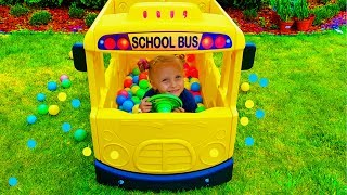 Wheels on the Bus School Songs for Kids Pretend Playtime