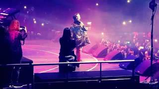 Justin Bieber - Company - Sorry /   Live From the 2016 Billboard Music Awards