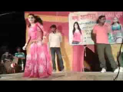 hamar raja ji din me na bole ratiya me choli khole hd Bhojpuri Hot Stage show YouTube   YouTube 2