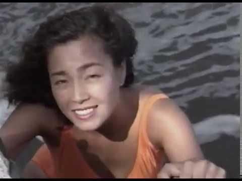 柏原芳恵さんの水着
