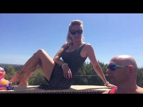 Xxx Mp4 Pooltest Mit 2 Ladys Biggi Bardot Und Meiner Badebärbel Zusammen 3gp Sex