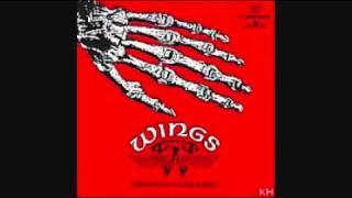 Wings-Awang Trasher (album jerangkung dalam almari)